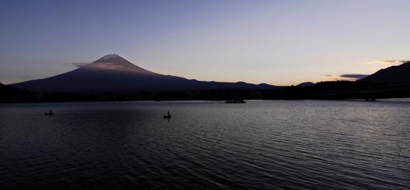 河口湖 夕日のアタマ