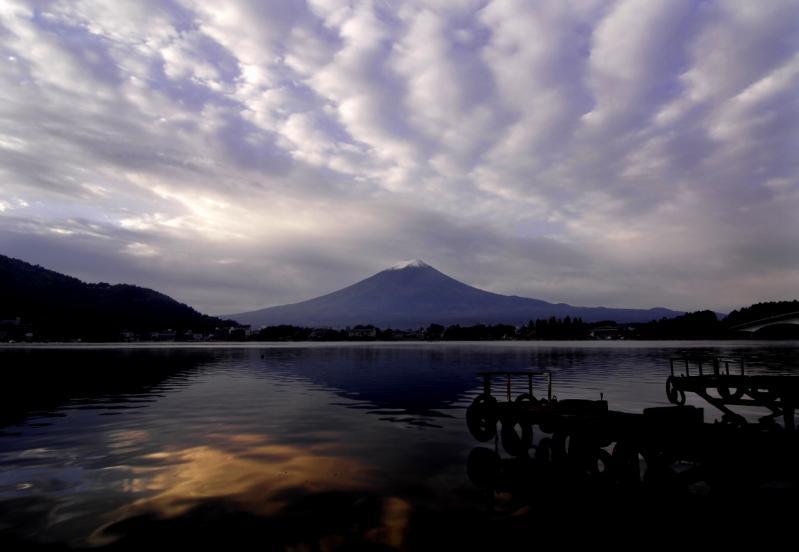 河口湖の朝2