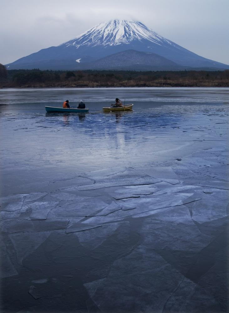 2011 01 16 精進湖 氷模様(102)