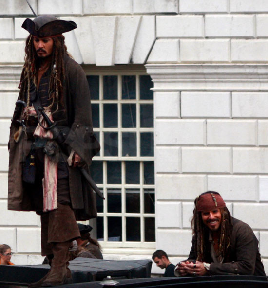 ffd8bf442fbe44bb_Johnny-Depp-and-Pirates-Dou.jpg