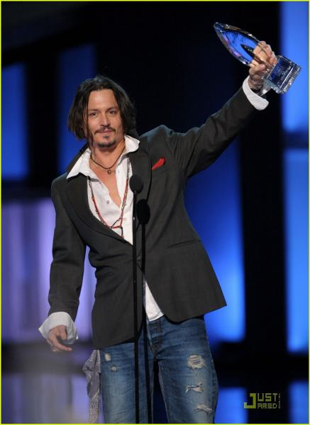 johnny-depp-peoples-choice-2010-12s_20101026080448.jpg