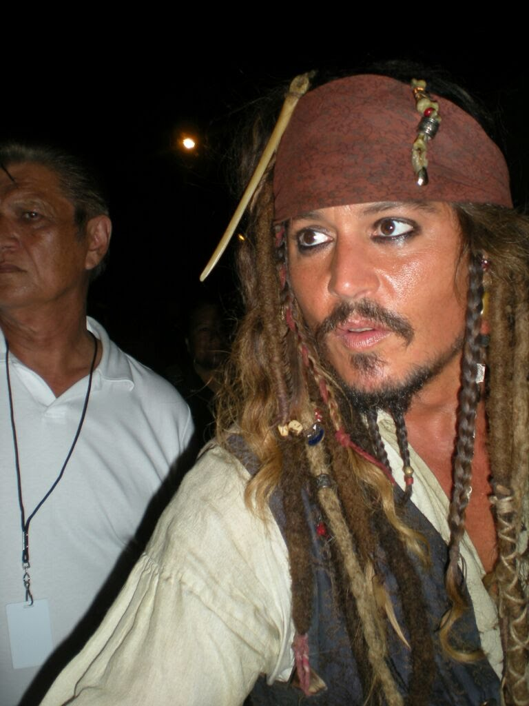 piratesdepp052.jpg