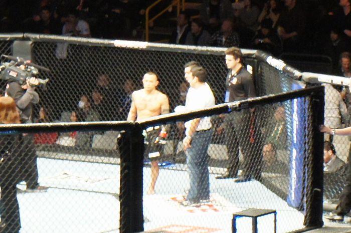 UFC144-3.jpg
