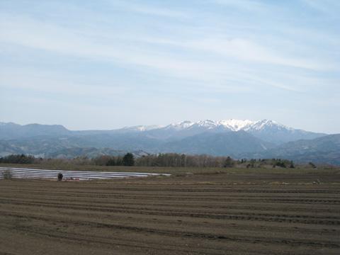 残雪の武尊山麓4-13小
