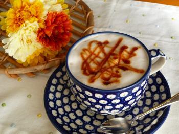豆乳キャラメルマキアート