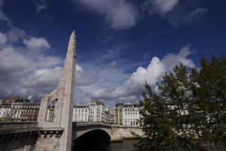 Paris - 1002