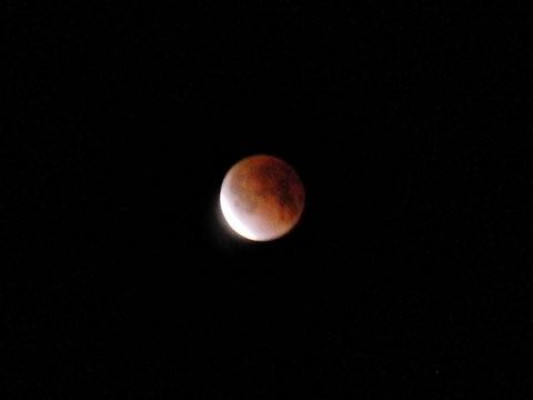00:07 皆既月食の終わり