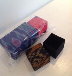 布の箱-タイ