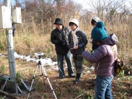 2011-11-23背あぶり放射能測定 003