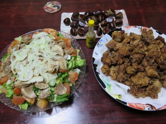 鶏唐とサラダの晩ご飯