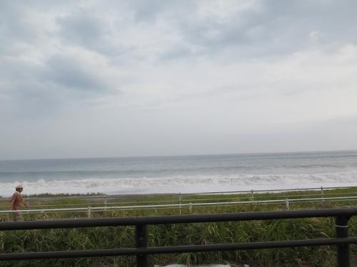 台風18号がきそうな海岸