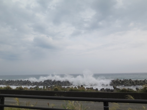 台風18号が来る前の久能海岸