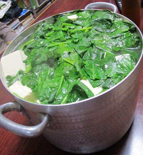 ブタホウレンソウ豆腐鍋