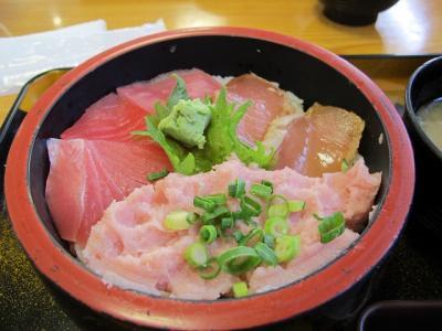 三食鉄火丼