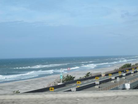 潮見坂手前から遠州灘