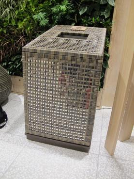 渋谷ヒカリエ 不思議なゴミ箱