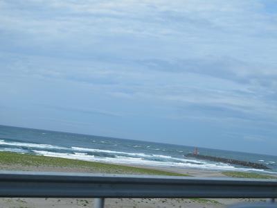 台風4号が来そうな遠州灘