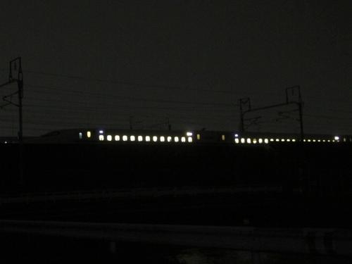 停車している新幹線