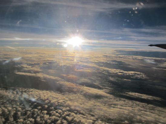 沖縄近海上空