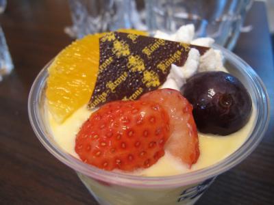 ケーニヒスクローネのカップデザート