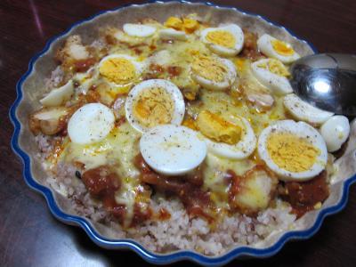 茹で卵とミートソースのドリア