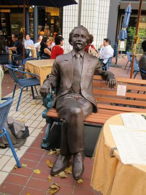 アインシュタイン氏