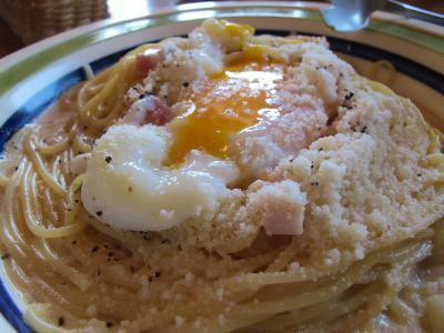 とろとろ卵・ベーコンと明太子の和風カルボナーラ