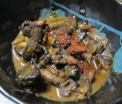 カツオのへそのニンニク味噌煮