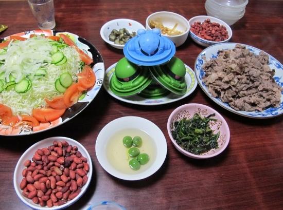 ザク豆腐の居る食卓