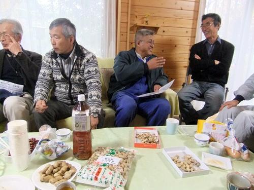 2013.11.28 バーベキュー大会(大多喜・定年帰農者連盟) 006 (4)