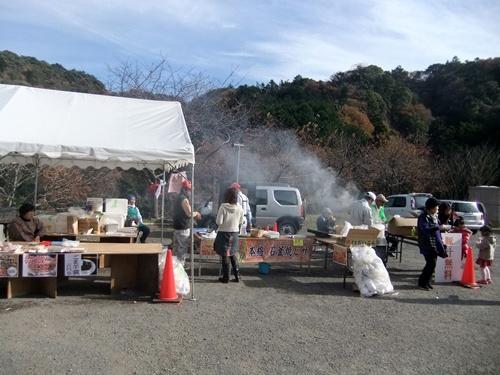 2013.12.1 清和の豚汁(清和道の広場) 022 (2)
