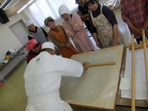 2013.12.7 そば打ち教室(公民館) 032 (3)
