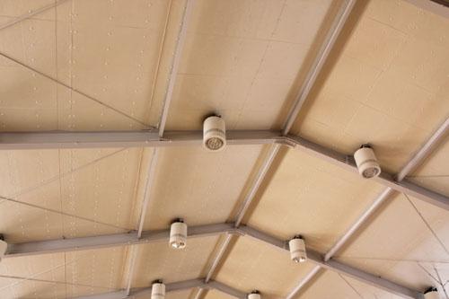 越部小学校屋内運動場:天井