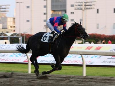 120728川崎03R2歳新馬優勝ヴィクトリータイム