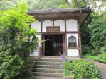 田村堂のなかには木像