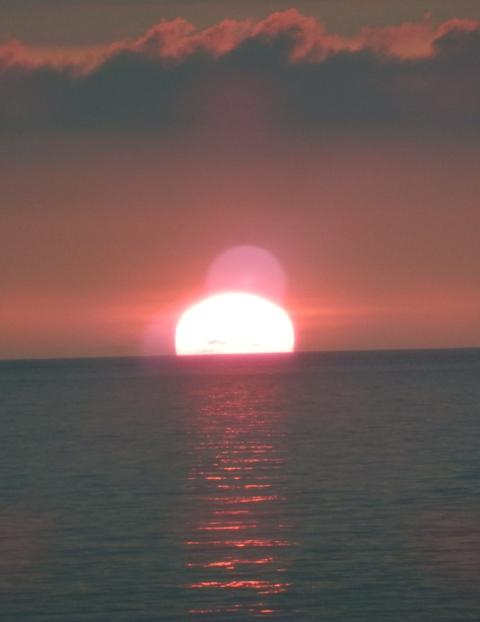 20120722-04四角い太陽