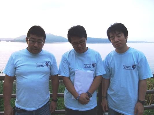 20120929-02寝起きの三人
