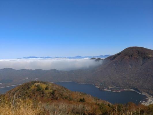 黒檜山の北は雲海