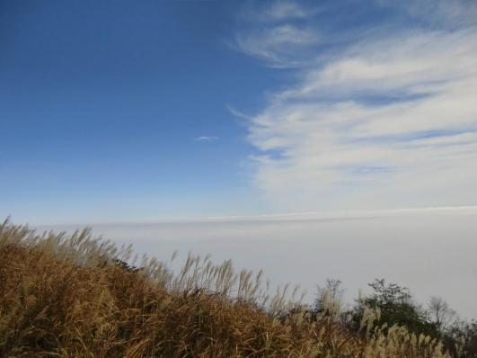 雲海と青空