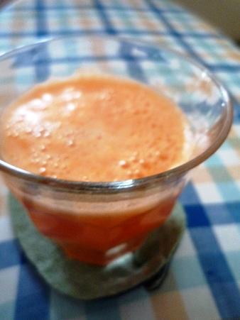 にんじんリンゴジュース