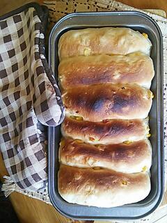 コーンのパン1
