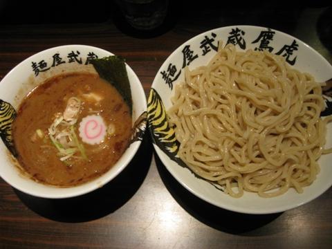 100429.高田馬場・麺屋武蔵鷹虎012