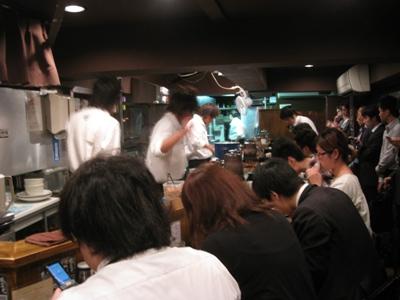 100524.新宿・風雲児003