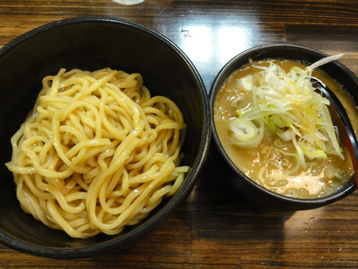 101031.・池袋・麺処花田 022