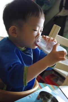 初牛乳瓶2