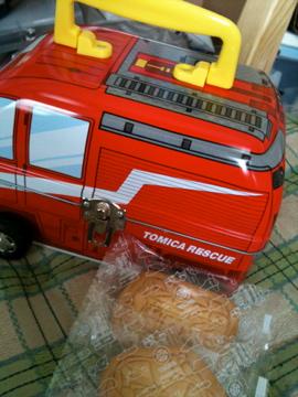 トミカクッキー