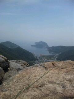 山頂から海