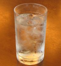 冷た~いお水をご用意しております