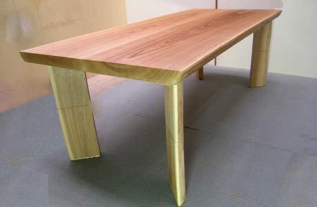 タモ材の2ウェイ ダイニングテーブル