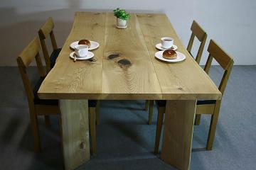 栓のテーブル:木裏